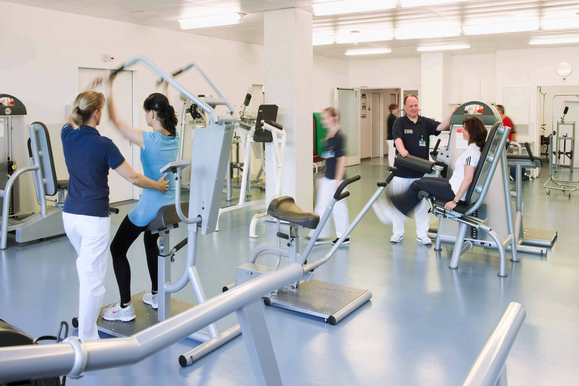 Physiotherapie im Übungsraum