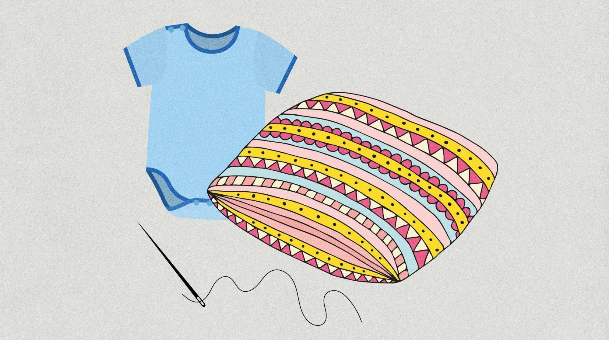 Geburtsrituale: Illustration eines Hemdchens, das in ein Kissen genäht wird.
