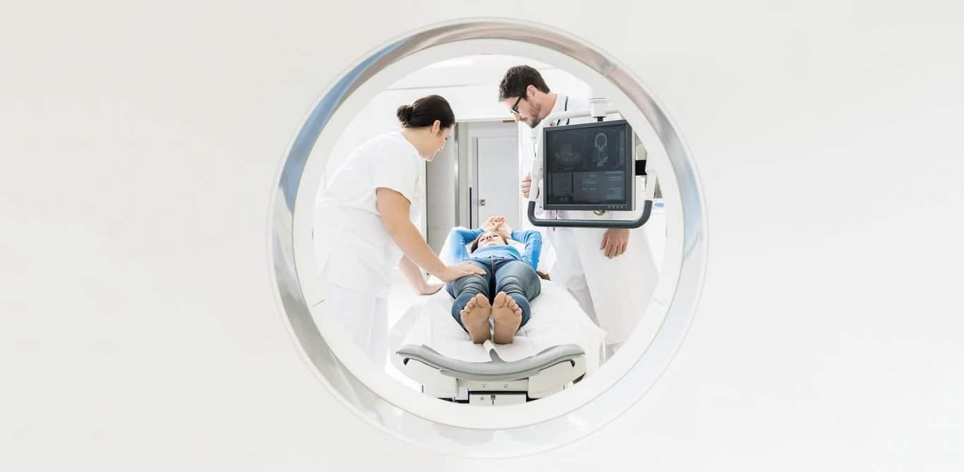 Radiologie: Blick in eine MRI-Röhre