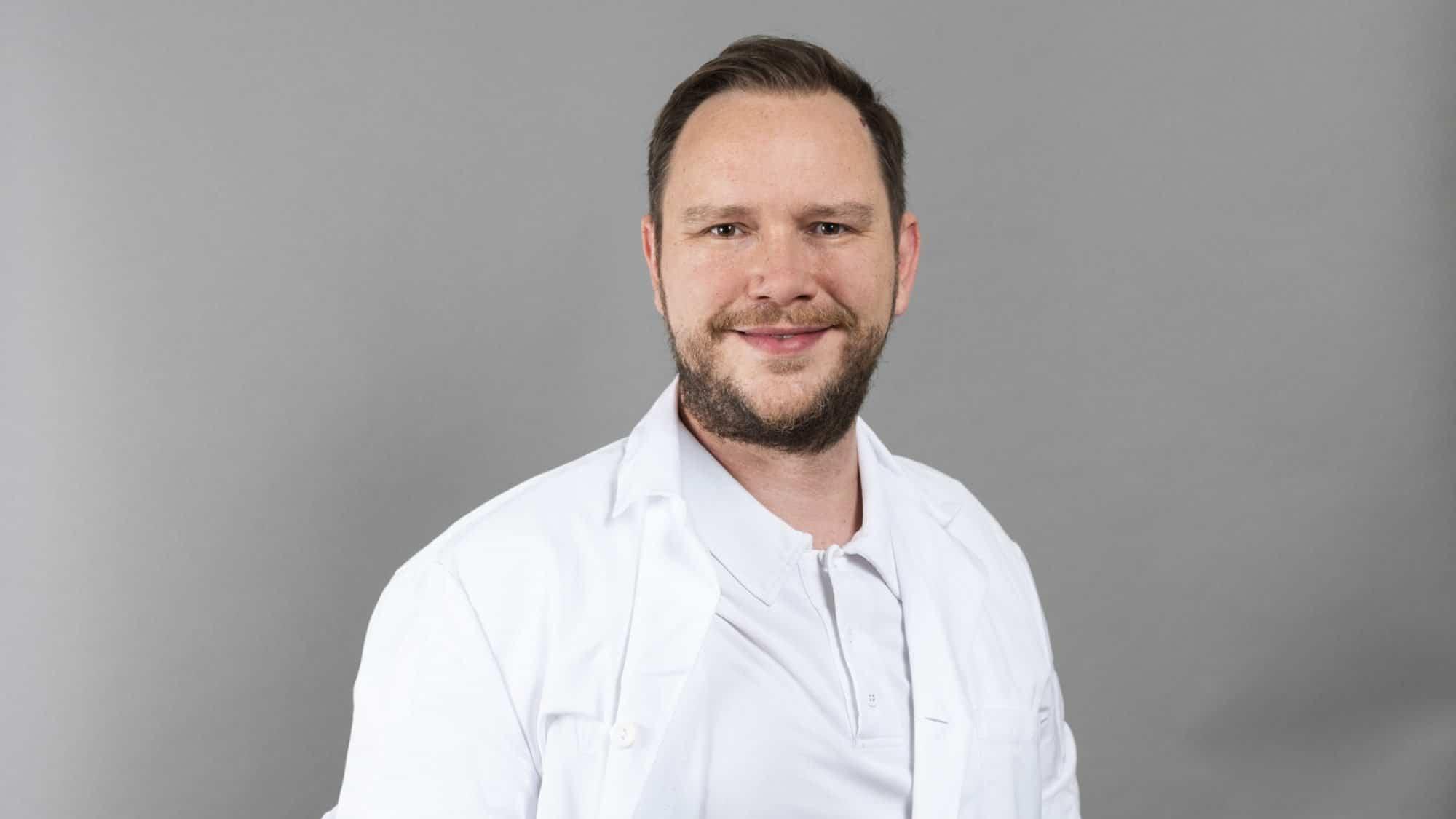 Dr. Sebastian Soppe, Chirurg und Hernienexperte am KSB.