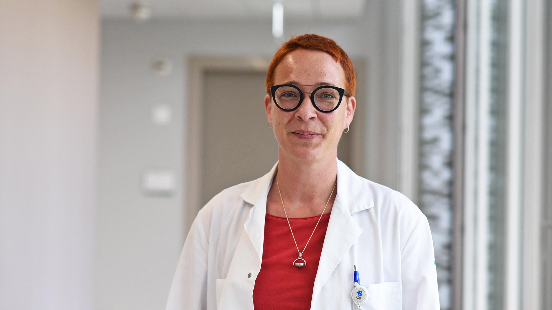 Porträt von Anja Gerstenberg, Handchirurgin am Kantonsspital Baden