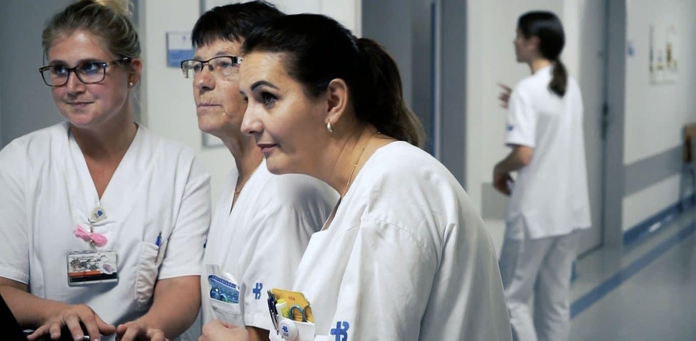 Pflegerinnen bei der Arbeit am KSB