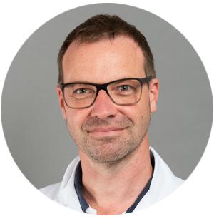 Portraitbild von Matthias Froh, Chefarzt Gastroenterologie