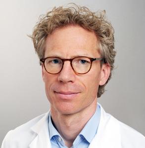 Porträt von Dr. Leonhard Schäffer, Chefarzt Geburtshilfe und Pränataldiagnostik am Kantonsspital Baden